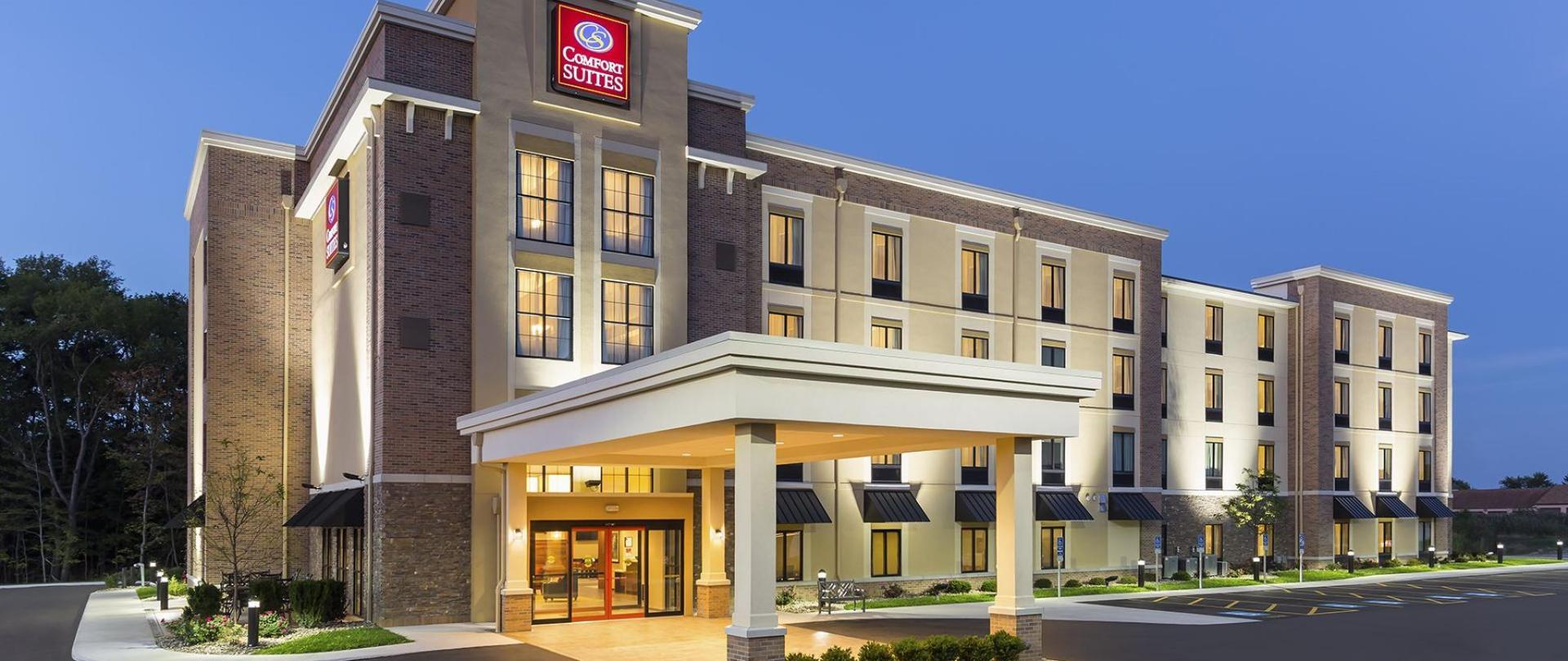 Comfort Suites Hartville OH